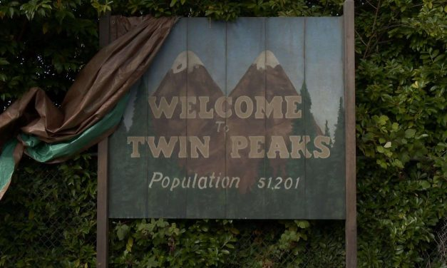 WHAT WE LEARNT FROM SAM AND TRACEY: DOES THE NEW TWIN PEAKS DIFFER TO CONTEMPORARY 'QUALITY TV'? by Ross Garner
