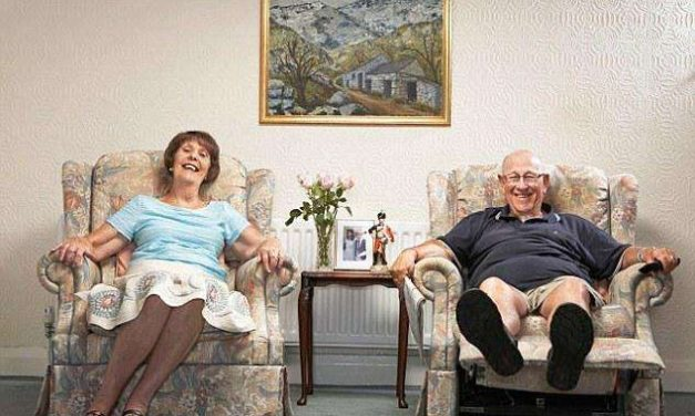 REMEMBERING GOGGLEBOX'S LEON BERNICOFF: A BEACON OF HOPE AND PROGRESSIVE ATTITUDES IN THE ERA OF IMPENDING BREXIT by Stefania Marghitu