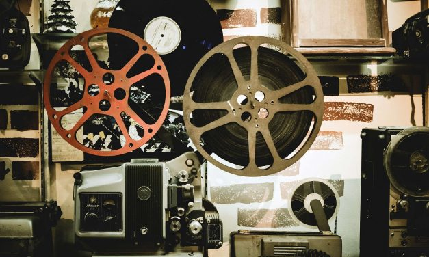"CfP: Conference ""Symbiotic Cinema: Confluences Between Film and Other Media"" Sept 6-8, 2018 @ Växjö (SWE) Deadline: Feb 15, 2018."