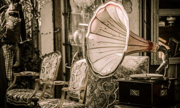 "CfP: conference ""Sound Collectives: The Acoustics of the Social in American Film and Literature"". Dec 7-8, 2018 @ Eichstaett (GER). Deadline: June 20, 2018."