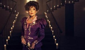 Joan Collins as fading actress Bubbles McGee in American Horror Story