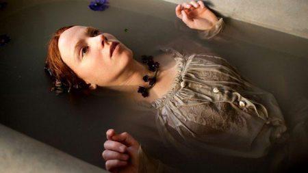 Amy Manson as Lizzie Siddal in Desperate Romantics (BBC 2009)